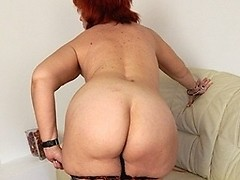 This horny mature slut wants to have a cock badly