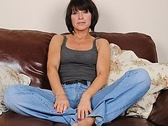 Sexy British MILF playing with herself