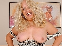 Hot British housewife enjoys her dildo