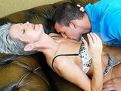 Horny mature slut fucking a younger dude